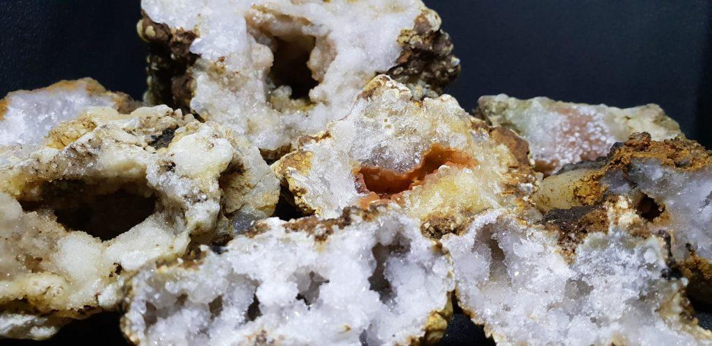 geode-fermee-france-acheter-mineraux-quartz-trouver-landes-cristal-cristaux-boutique