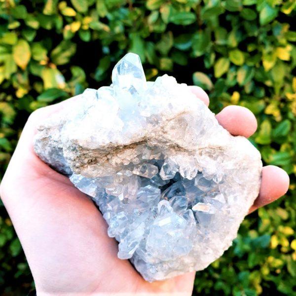 celestine-mineraux-cristaux-madagascar-pierre-precieuse-naturelle-bleue-collection-vente
